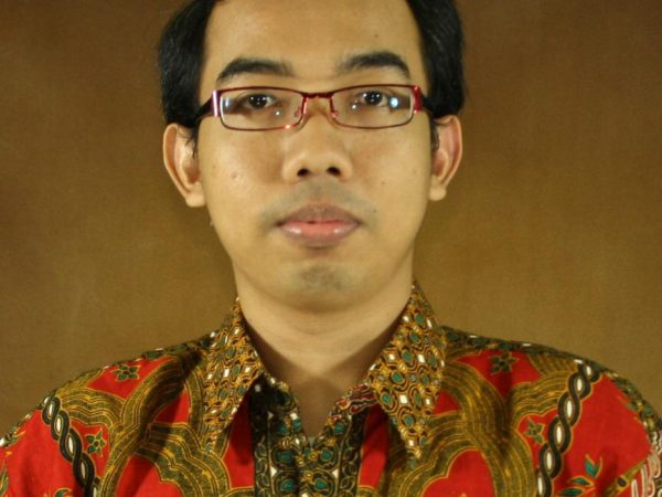 Akhmad Bustomi, S.Pd